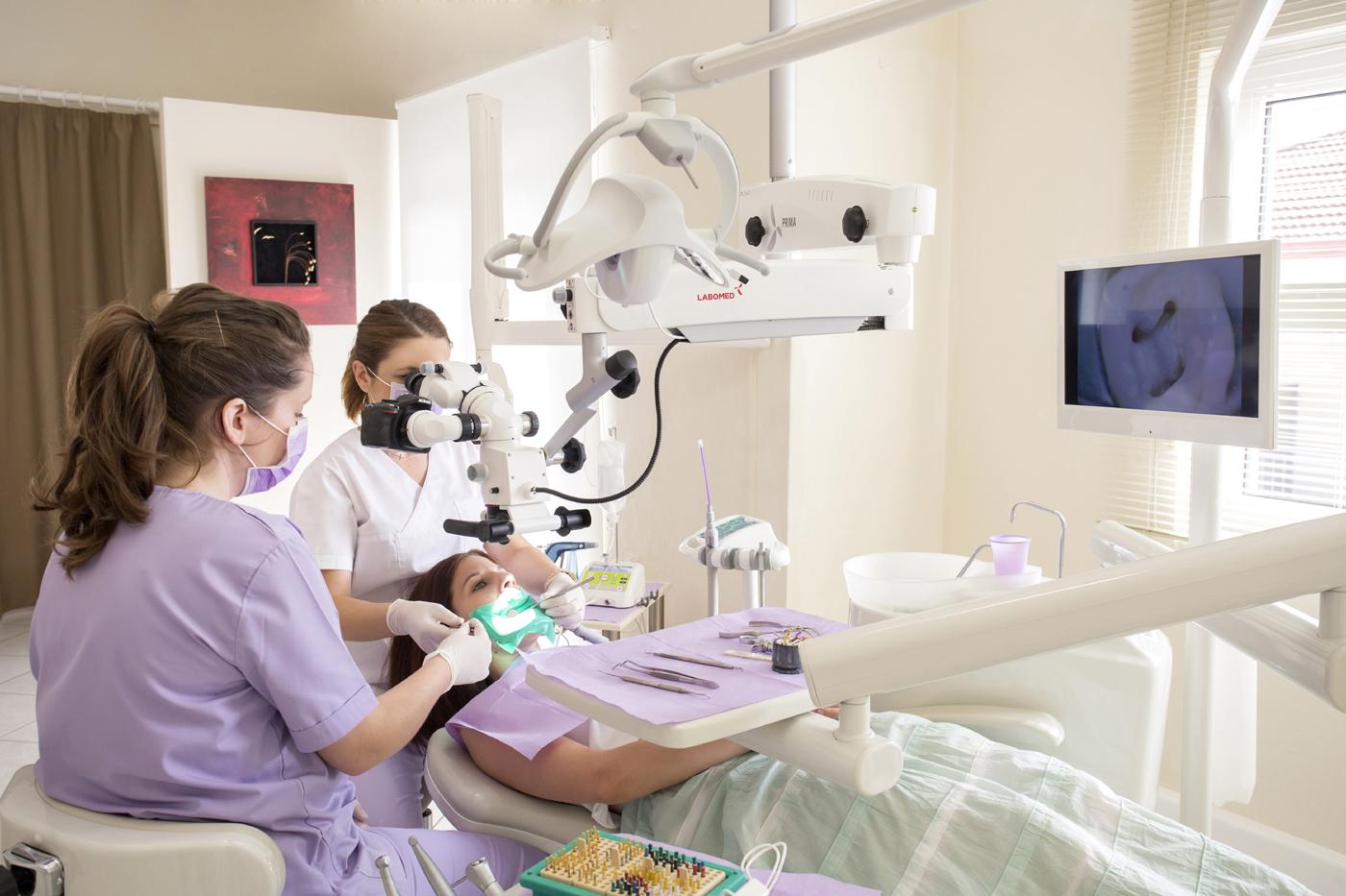 Εξέταση ασθενή στο ιατρείο